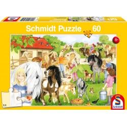 Puzzle Schmidt: Distractie la grajd, 60 piese